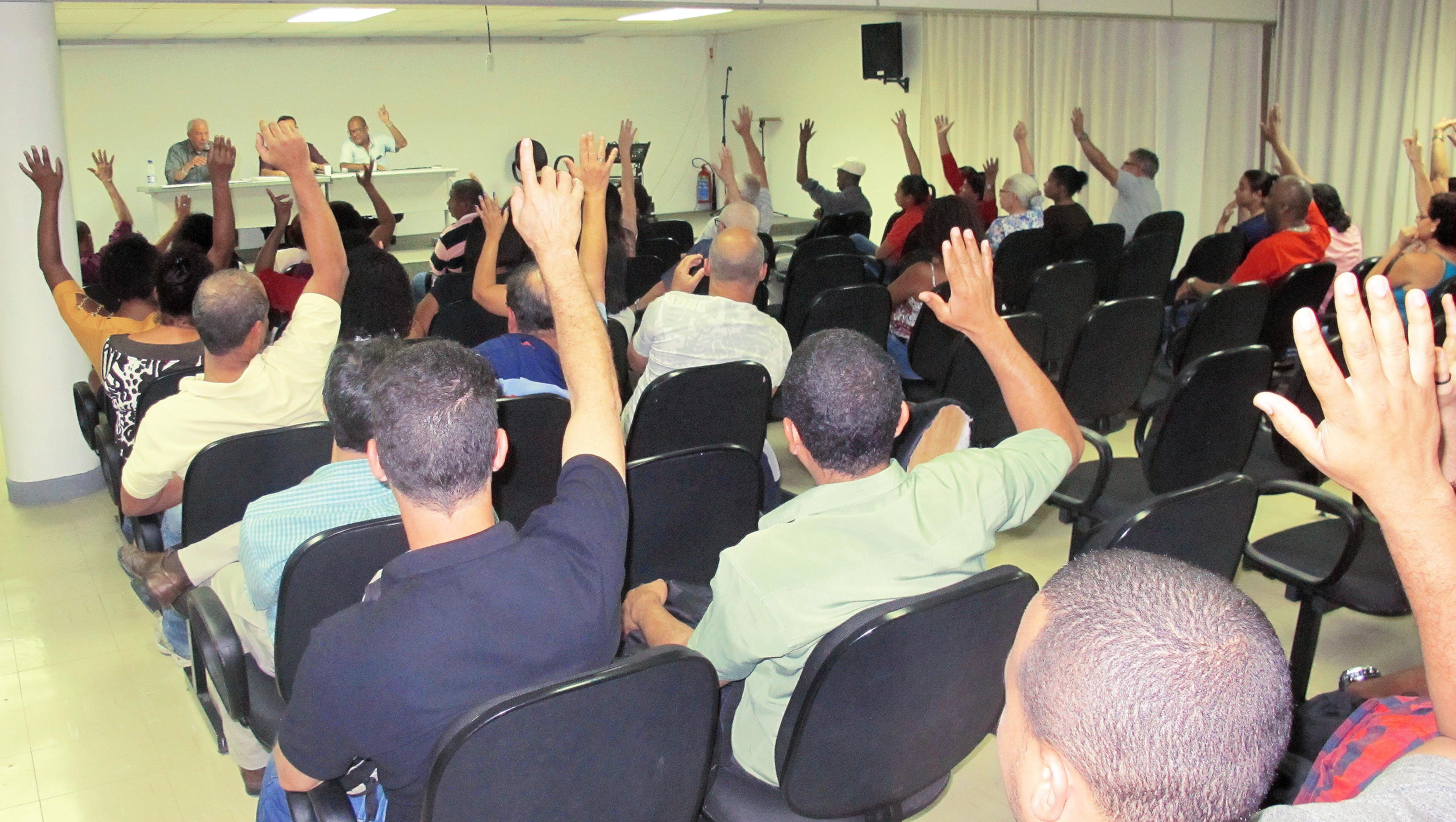 Assembleia aprova desconto da Contribuição Sindical como determina a lei