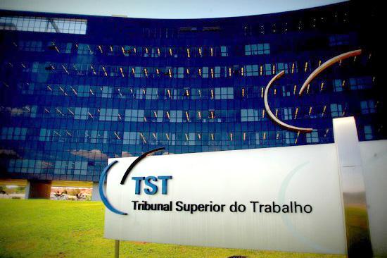 TST aprova autorização coletiva em assembleia para Contribuição Sindical