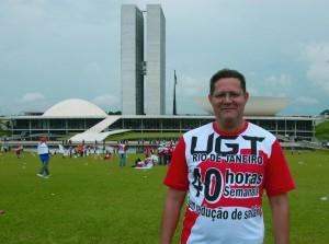 O presidente do Sindicato, companheiro Zé Baiano, defende as 40 horas semanais sem redução de salário em Brasília
